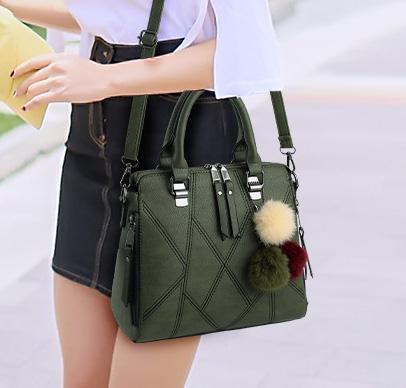 Pre-order ขายส่ง กระเป๋าผู้หญิงถือและสะพายข้างแฟชั่นสไตล์เกาหลี เย็บลายเรขาคณิต รหัส KO-696 สีเขียว *แถมปอม 3 สี
