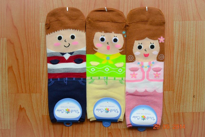 S211**พร้อมส่ง** (ปลีก+ส่ง) ถุงเท้าแฟชั่นเกาหลี ข้อยาว มีมือ 3 มิติ เนื้อดี งานนำเข้า(Made in China)