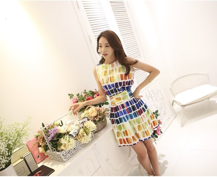 เสื้อผ้าแฟชั่นเกาหลี set 2 ชิ้น เสื้อและกระโปรง ผ้าคอตตอนผสมสีสันสดใส สวยสดใสครับ