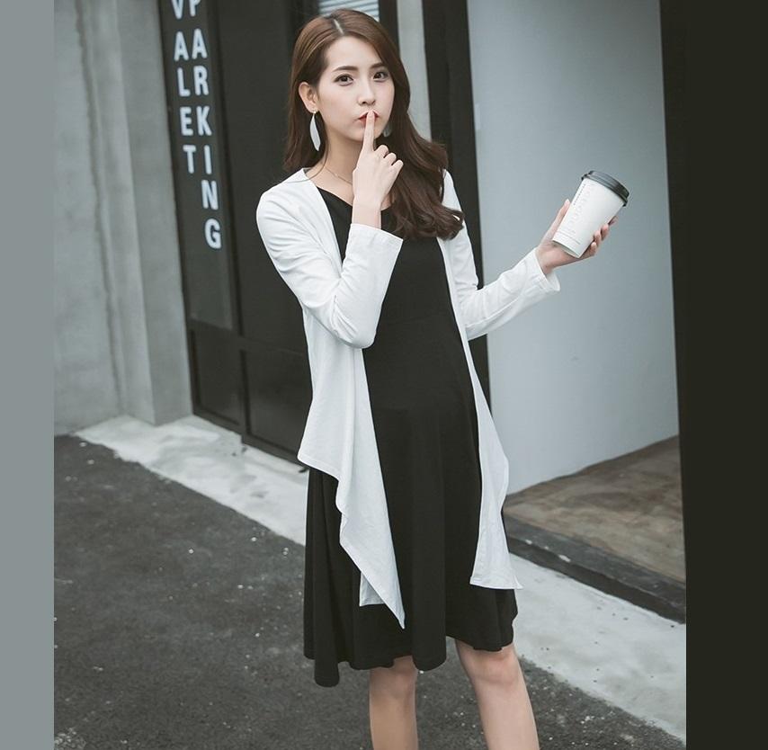 เซ็ตเดรสคลุมท้อง เดรสแขนสั้นสีดำ + เสื้อคลุมแขนยาวสีขาว ชายเสื้อยาว ผ้านิ่ม งานสวย ผ้านิ่ม ใส่สบาย น่ารักมากๆค่ะ(เหมาะกับคุณแม่ตัวเล็กค่ะ)