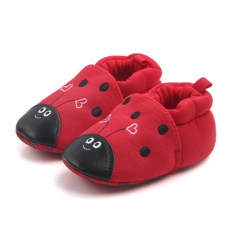 รองเท้าเด็กอ่อน 0-12เดือน รองเท้าเด็กชาย เด็กหญิง สีแดงลายเต่าทอง