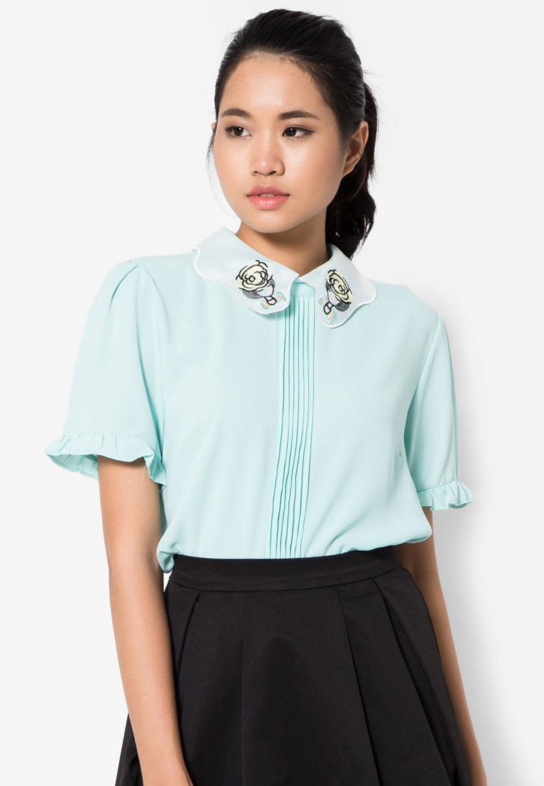 เสื้อเบลาส์ A Girl Patch Pintuck