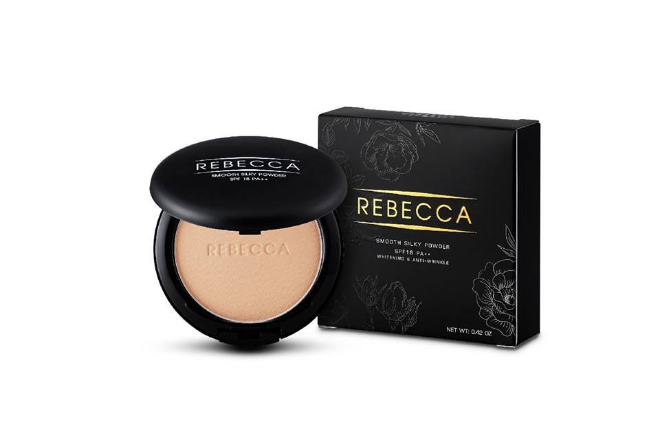 Rebecca Smooth Silky Powder 13 g. แป้งพัฟ รีเบคก้า บอกลาหน้าวอก หน้าลอย