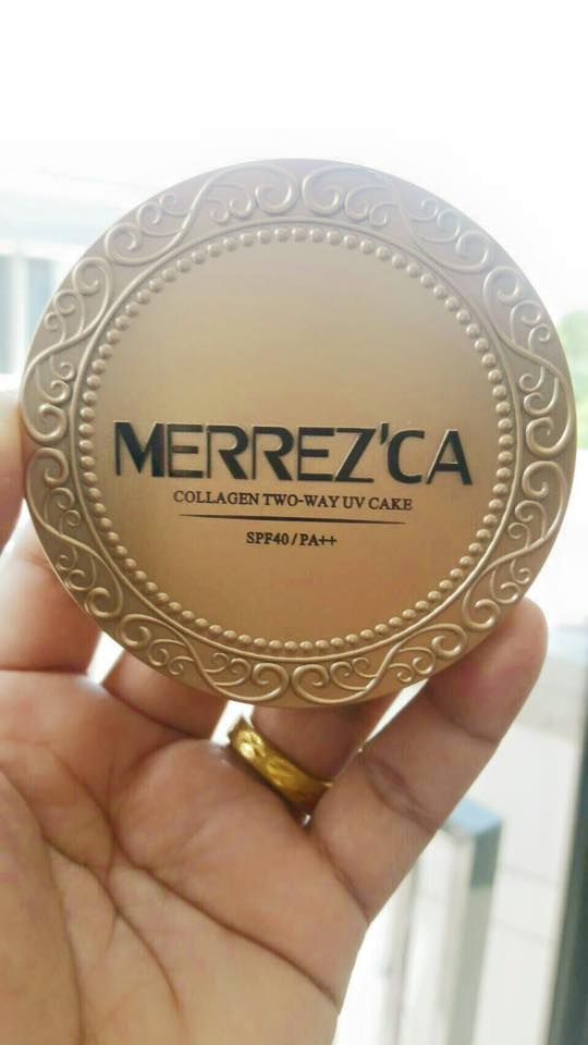 Merrez'ca Collagen Two-way UV Cake 13.5 g. เมอร์เรซกา แป้งพัฟ ECO แพคเกจใหม่ มาในตลับสีทองสุดหรู